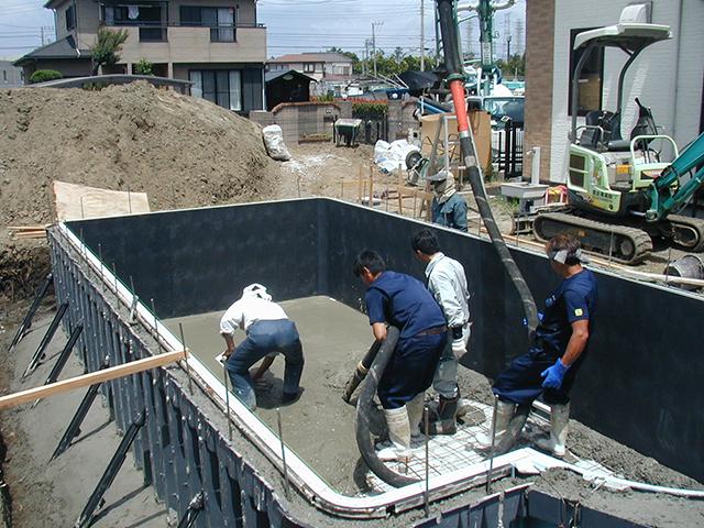 S様邸(千葉県富津市)プール・造園工事の画像2