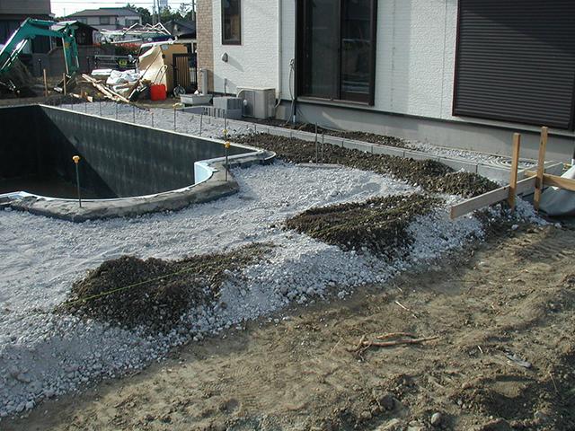 S様邸(千葉県富津市)プール・造園工事の画像3