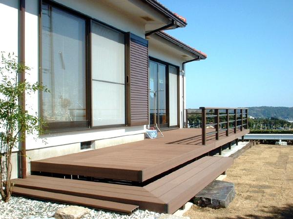 A様邸(千葉県御宿町)外構・デッキリフォーム工事の画像3