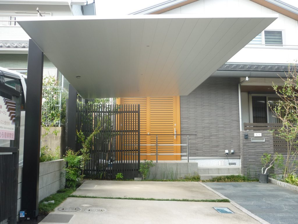 A様邸(千葉市緑区)カーポート工事の画像2